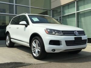 2013 Volkswagen Touareg 3.6L Highline 4dr All-wheel Drive 4MOTIO
