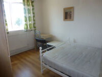 4 bedroom flat available next to Queen Mary University