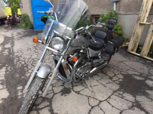 2003 Suzuki Intruder VS800