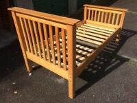 Pine single bed in great looked after condition 90x200