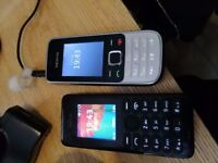 2 Nokia Mobile Phones with Chargers & Sims