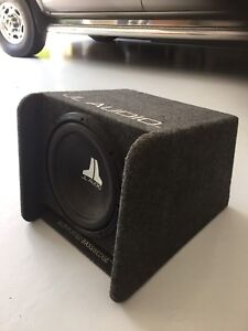"(Quick sell) 12"" JL Subwoofer and JL Box"