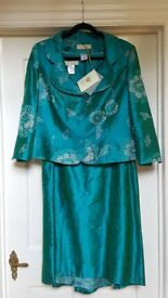 New with tags Paule Vasseur emerald green shot silk dress and jacket. Size approx. 16-18.