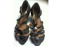 Ladies hotter sandals, size 5, as new.