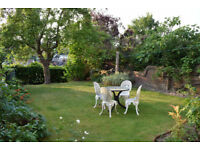Superb Location in Guildford Town Centre, 5 mins. from Mainline Station & Downs