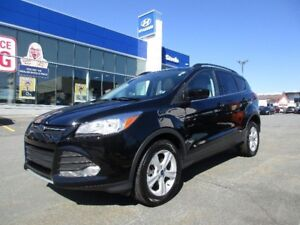 2016 Ford ESCAPE SE 4WD Ecoboost Leather Sunroof Camera
