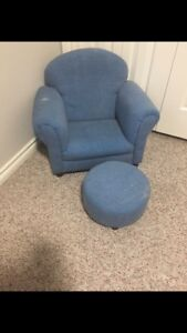 Kids chair and foot stopl