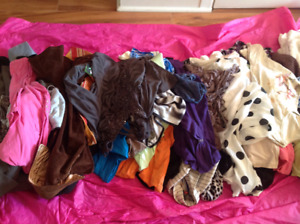 Large lot of women's clothing!