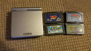 Gameboy Advance SP with 4 games Mario World Donkey Kong etc
