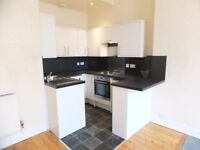 2 bedroom unfurnished main door flat to rent on Easter Road, Leith, Edinburgh