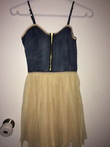 Girls dress in good confition