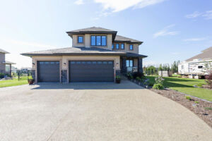 Gorgeous .5 Acre Estate Home Near St. Albert