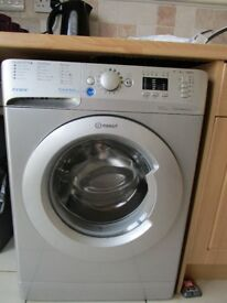 Indesit 8kg washing machine, only four months old, only used once a week, in excellent condition