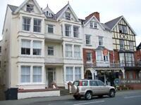 1 bedroom flat in High Street, Llandrindod Wells, LD1 (1 bed)