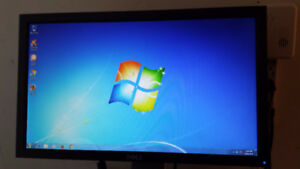 "20"" Dell Wide Screen LCD Computer Monitor for Sale"