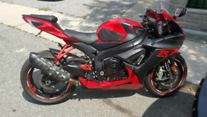 11-18 GSX-R600 / 750 Two Brothers Carbon Black Series Slip On