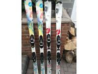 Roxy and rossignol bandit skis with poles