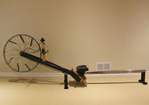 Vintage Rowing Machine - Concept II