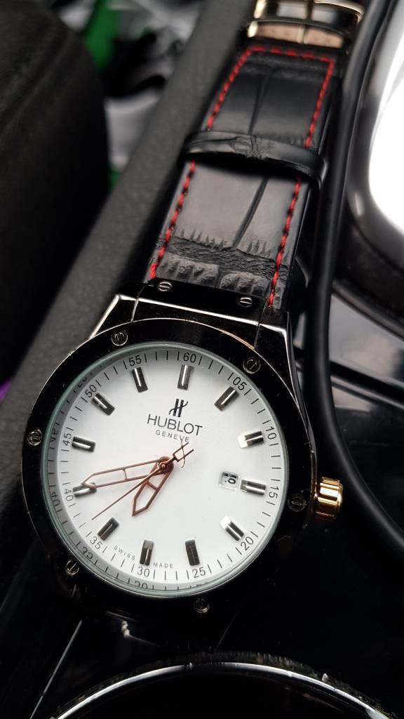 Cheap watch Hublot Swiss Madein Kentish Town, LondonGumtree - Cheap watch Great condition. Patterned background. Watch for men. Fits perfectly on wrist. Pics dont lie