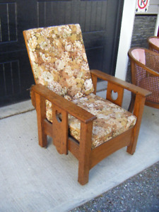 Antique Solid Oak Morris Reclining Chair