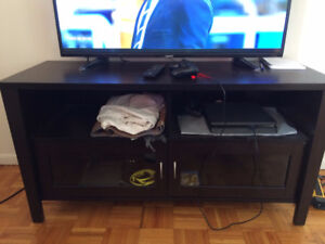 PS4, TV and TV Stand bundle