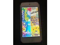 IPod touch Pink colour 32GB