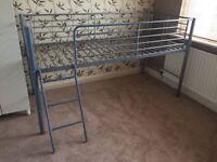 Single metal frame mid-sleeper