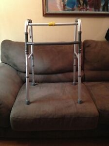 Deluxe One-Button Foldable Walker