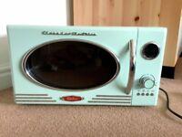 Mint Green Vintage Nostalgia Electrics Retro Series 0.9-Cubic Foot Microwave Oven