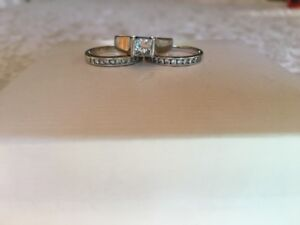Princess cut diamond engagement ring and matching wedding bands