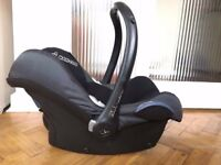 Maxi Cosi infant car seat in very good condition