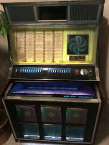 For Sale 1971 Rockola Jukebox Just Reduced The Price To Sell !!