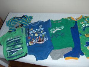 Lot vêt. bébé garçon (18 mois) *** 3 photos ***