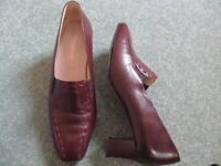 Ladies Elmdale Burgandy Leather Shoes