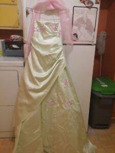 robe de bal 100 $ nego