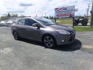2014 Ford Focus SE! HEATED SEATS!! CERTIFIED!