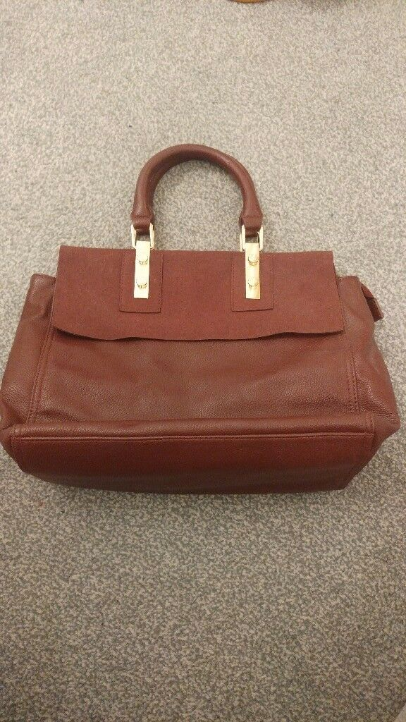 Burgundy Warehouse Handbag Medium Size