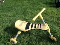 Scuttlebug bumblebee ride-on yellow and black