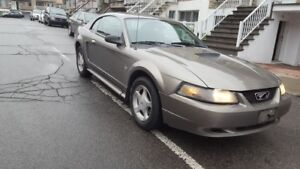 2001 Ford Mustang,Bas km,Tres propre,Body Et Mecanic A1.