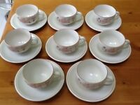 BOOTS HEDGE ROSE - 8 CUPS AND SAUCERS