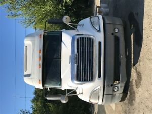 2008 Freightliner (With over 8000 of maitnence done last month!)