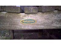 Westminster Teak garden table & Chairs