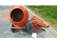 Concrete mixer 370w used only on one job