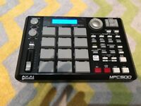 Akai MPC500 Portable Music Production Center