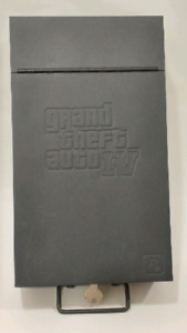 Grand Theft Auto IV Metal Box (great condition)