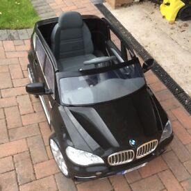 **REDUCED TO £80** Large childrens BMW chargeable battery operated car