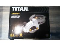 Wall chaser Titan 1700W New. ( £85 in screw fix)