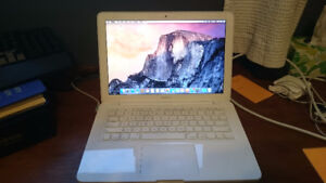 "Macbook Mid 2010 13"" 4GB RAM"