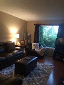 3 Bdrm Townhouse backing onto Golfcourse for Rent