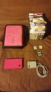 Selling a DSi with 14 Games!